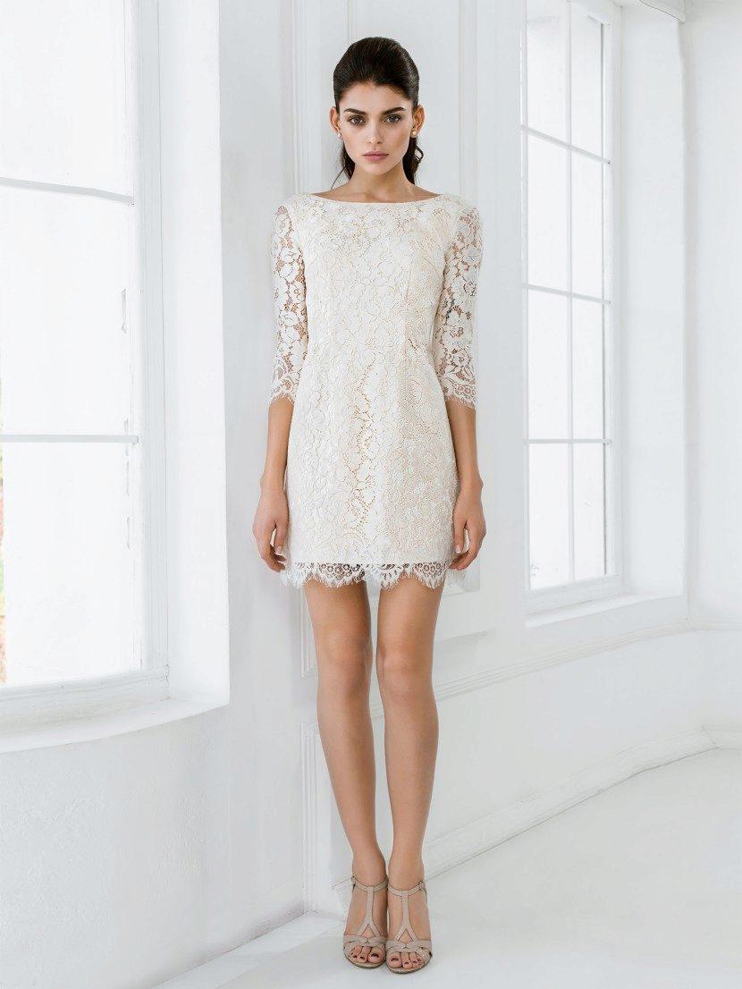7ff7fb49dbf5b95 Если вам по душе аристократический вкус, изысканность, а не тяжёлая  роскошь, ассоциирующаяся с безвкусием, тогда именно вашим будет простое  платье для ...